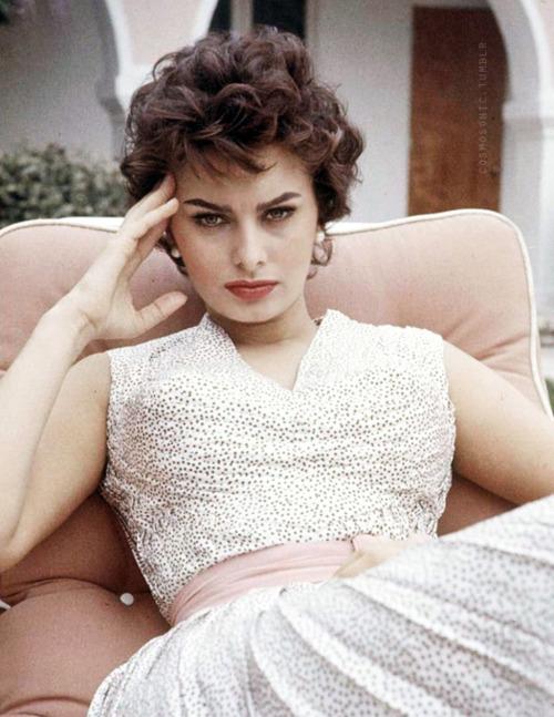 Style Icon Sophia Loren | Earth, Wind & Style Blog
